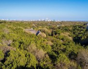 622 Cortona Dr, West Lake Hills image