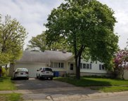 292 River Heights Circle, Rochester image