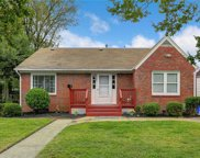 2713 Mapleton Avenue, East Norfolk image
