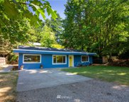 18204 30th Avenue NE, Lake Forest Park image