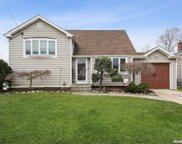 2486 Bayview  Avenue, Wantagh image