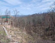 521 Edgewood Dr, Gatlinburg image