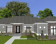 18247 Lakes End  Drive, Westfield image
