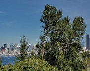 3310 SW Admiral Wy, Seattle image