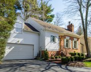 5207 Indian Woods Ct, Louisville image
