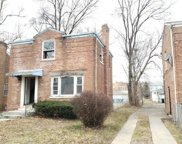9930 South Oglesby Avenue, Chicago image