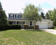710 Abbey Court, Rochester Hills image