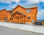 3332 Lonesome Pine Way, Sevierville image