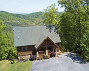 2705 Red Sky Drive, Sevierville image