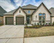 5732 Heron Drive W, Colleyville image