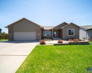 3225 S Newcastle Ct, Sioux Falls image