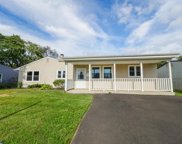 120 Gable Hill Road, Levittown image
