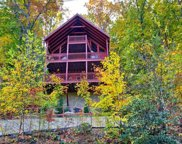 1322 Ridgefield Dr, Sevierville image
