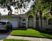 1324 Nw 135 Ave, Pembroke Pines image