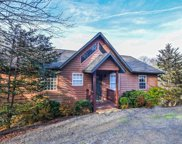 916 Hide A Way Hills Circle, Sevierville image