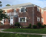 260-65 Union Tpke, Glen Oaks image