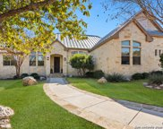 107 Valley Knoll, Boerne image