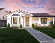610 E Grinnell Dr, Burbank image