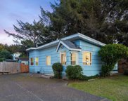 506 Inlet Ave Se, Lincoln City image