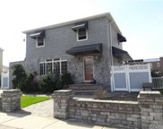 151-42 20 Ave, Whitestone image