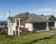 554 Monterey Rd, Pacifica image