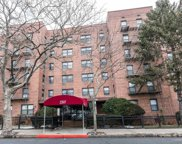 131-11 Kew Gardens  Road Unit #4A, Richmond Hill image