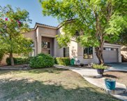 285 W Goldfinch Way, Chandler image