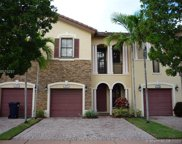 3054 Nw 103 Path, Doral image