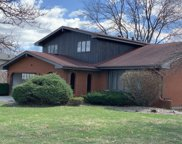 16W661 90Th Street, Willowbrook image