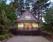 2036 33rd St Nw, Lincoln City image