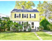 169 Clarence Road, Scarsdale image