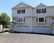 2 Calabria CT, Westerly image