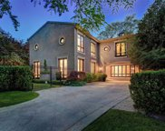 42 Old Forest Hill Rd, Toronto image