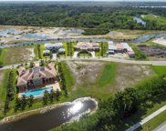 2822 Lake Ridge Ln, Weston image