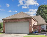 5511 Courtyard Dr, Gonzales image