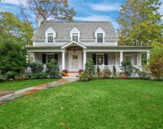 277 Woodland  Dr, Brightwaters image