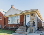 6327 North Kedzie Avenue, Chicago image