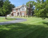 2050 Knollwood Road, Lake Forest image