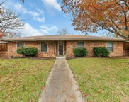 611 Lake Ridge Drive, Allen image