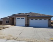 606 Rodeo, Shafter image