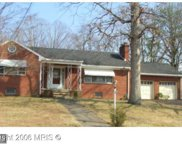 18519 AMIDON AVENUE, Triangle image