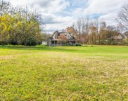2409 Lakeshore Dr, Spring Hill image