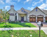 392 Meadowbrook Country Club Est, Ballwin image