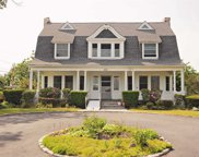 255 Middle  Road, Blue Point image