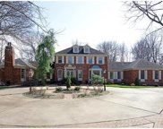 1234 Clayton Place, Town and Country image