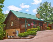 515 Chickasaw Gap Way, Pigeon Forge image