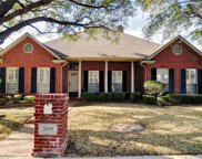 2899 Oakbriar, Fort Worth image