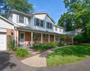 906 Gordon Terrace, Winnetka image