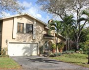 42 Birch Dr, Cooper City image
