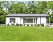 650 Valley View  Drive, Zionsville image